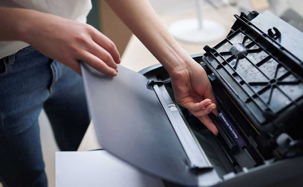HP Printer maintenance technician